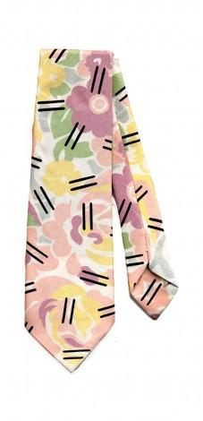 Grandmother Pattern Tie